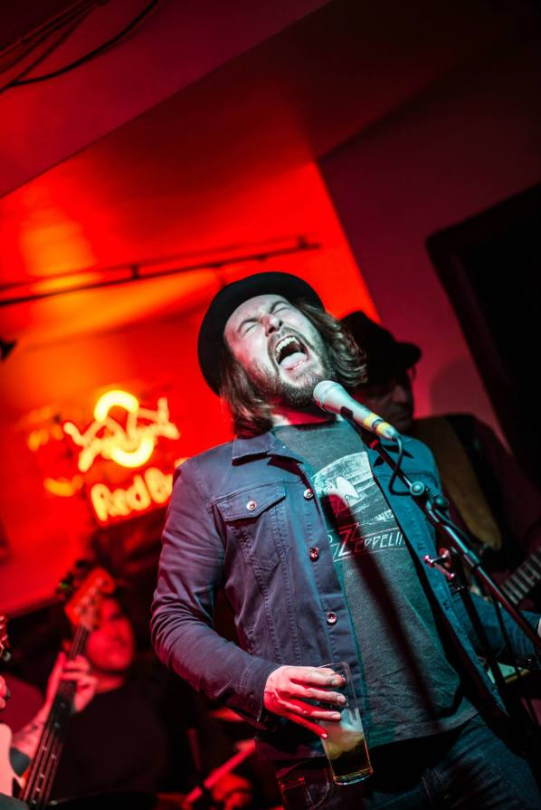 Live at the Royal George. Photo Monika Piotrowska