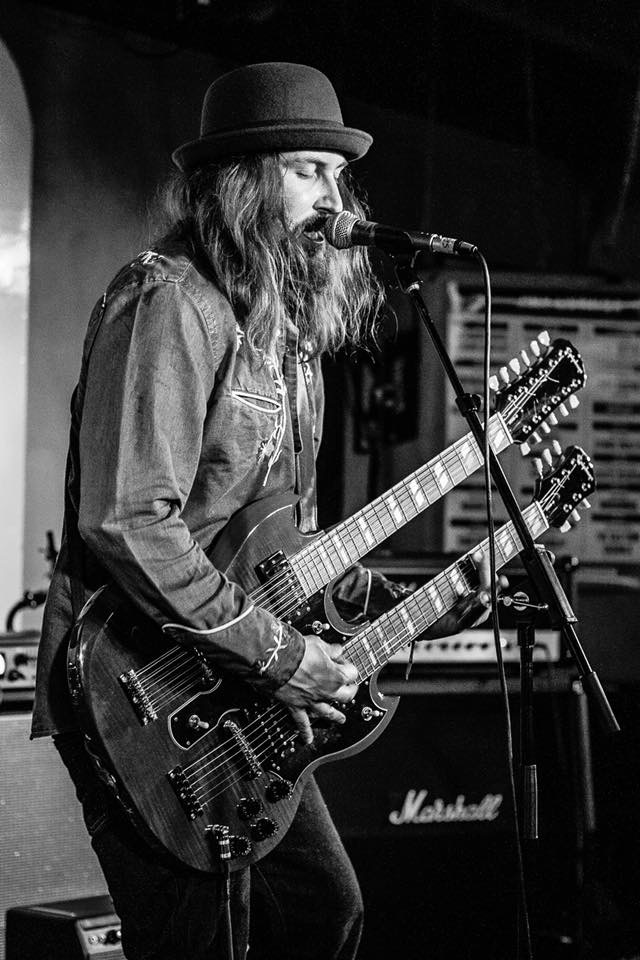 Jack J Hutchinson, live at the 100 Club. Photo: Mike Lambourne